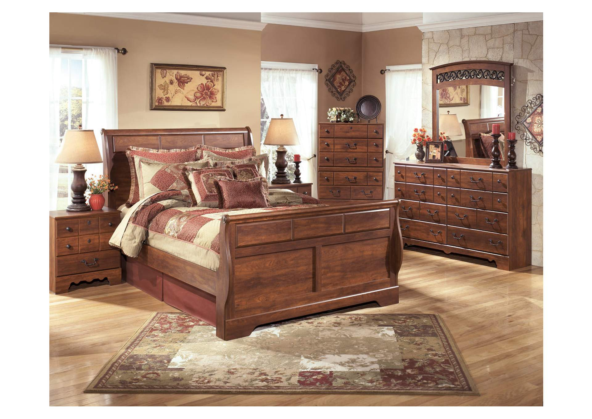 Harlem Furniture Timberline Queen Sleigh Bed Dresser Mirror Chest Night Stand